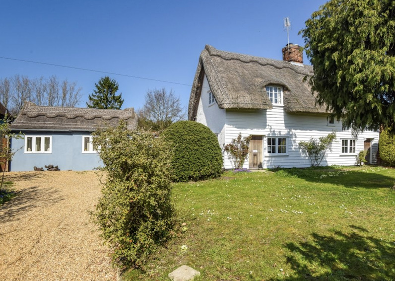 Annexe, Acre and Garage - the most popular search terms for house buyers